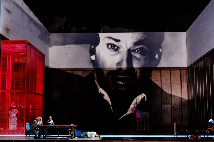 Don Carlos Musique Giuseppe Verdi Direction musicale Philippe Jordan Mise en scène Krzysztof Warlikowski